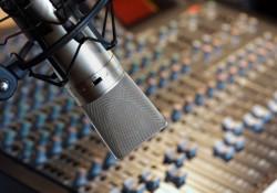 رادیو هوای زندگی با حضور دکتر طباطبایی(همکاری زوجین در محیط خانه)